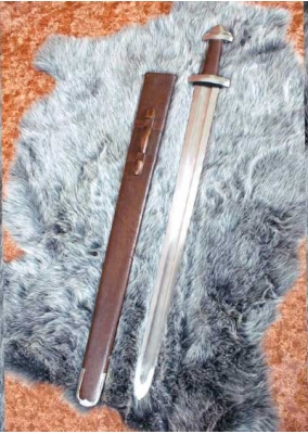 Functional Viking Sword with Leather Sheath