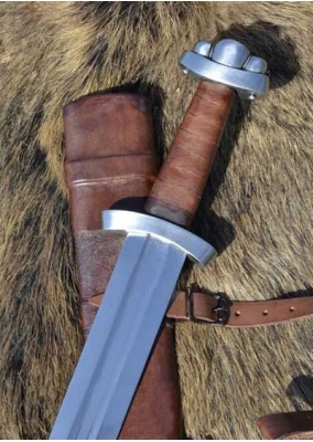 Functional Viking Godfred Sword