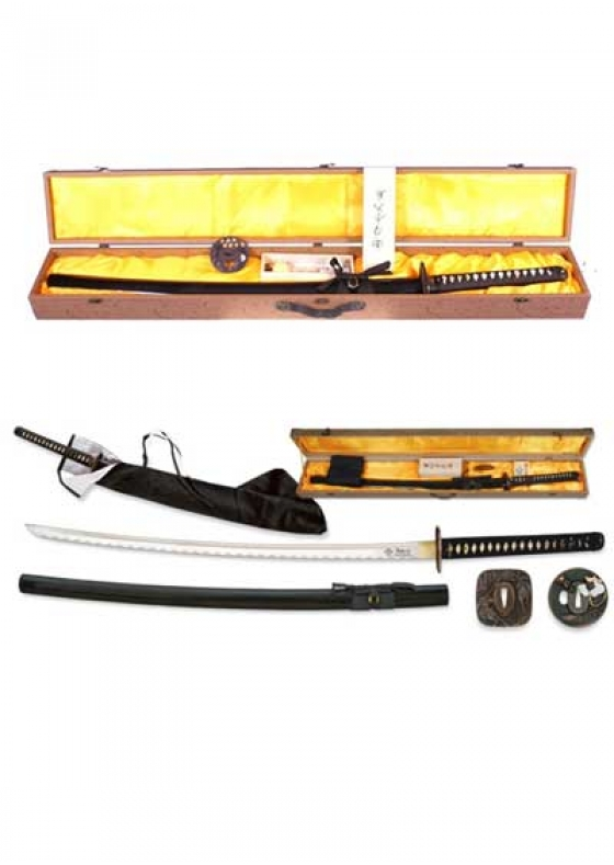 Black Katana + Box + 2 Tsubas + Cleaning Kit