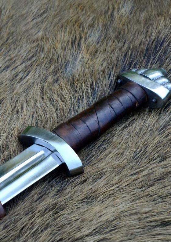 10c Viking Sword w/ scabbard, five-lobed pommel, practical blunt SK-C